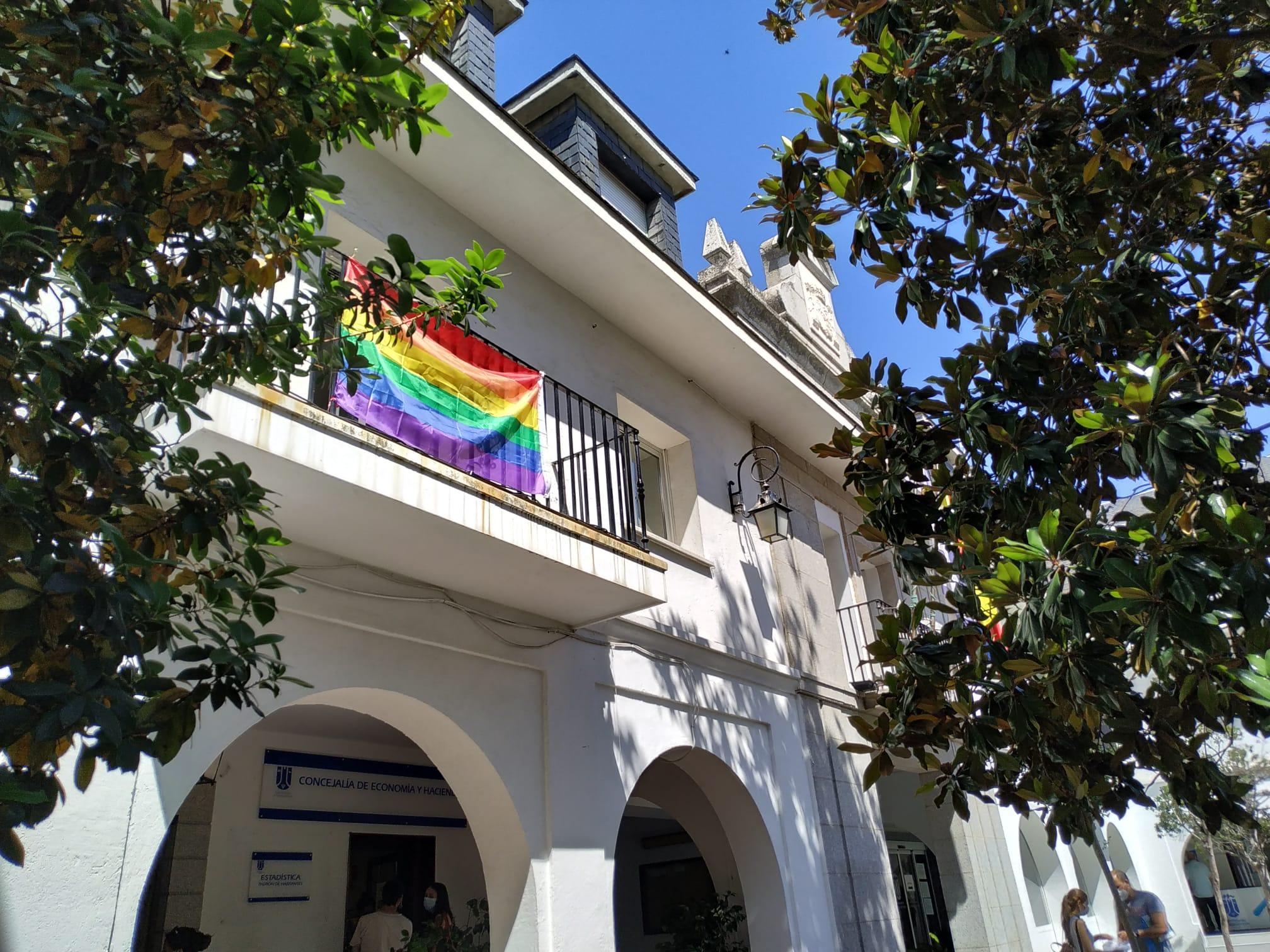 Bandera arco iris Orgullo 2020