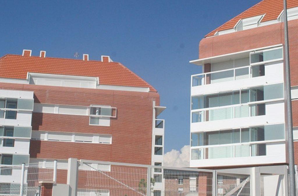 El Alcalde vuelve a ceder a las presiones de la ultraderecha y les entrega tres viviendas de PAMMASA que debían destinarse a vecinos en  situación de emergencia social